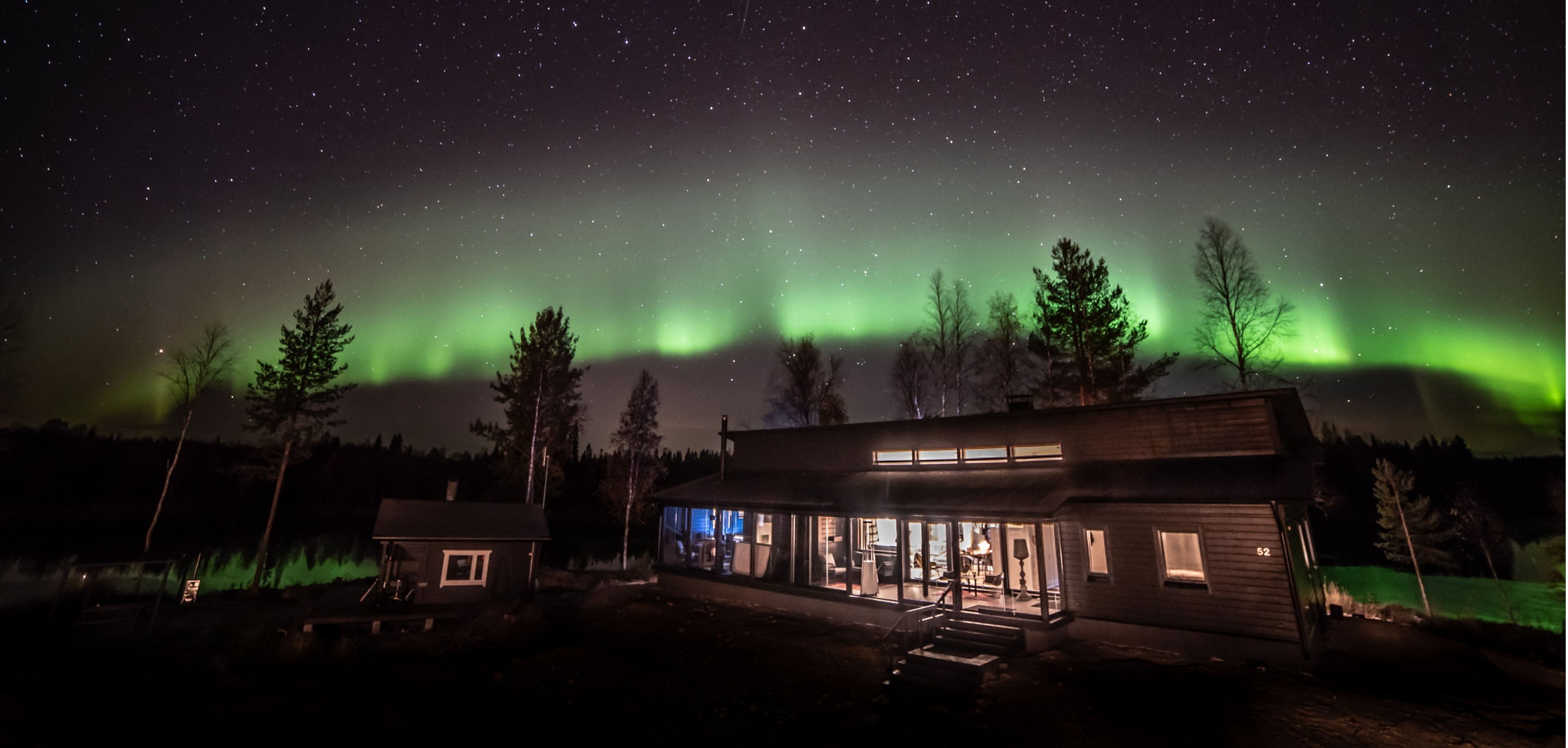 arctic-dreams-house-lapland-luxury-hotel-exterior-view