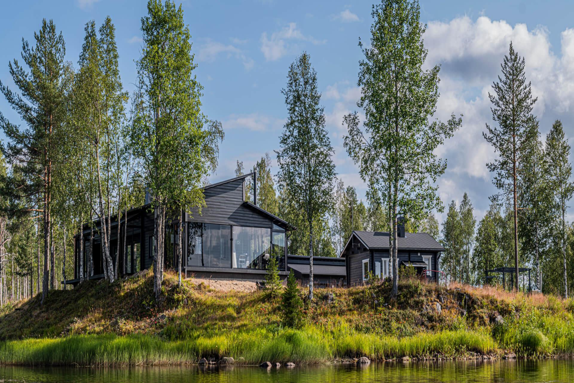 wikkela-from-lake